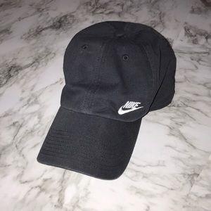 Woman's Nike Black Hat